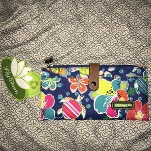 NEW Lily Bloom Wallet